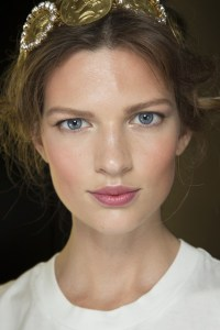 dolce and gabbana hair and make up mfw