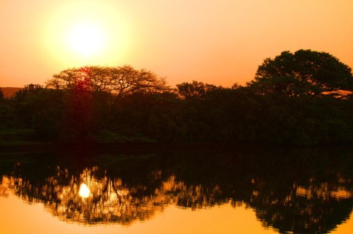 african-sunset-1182708-639x424