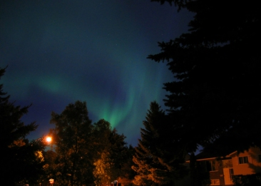 the-northern-lights-1192709-639x456