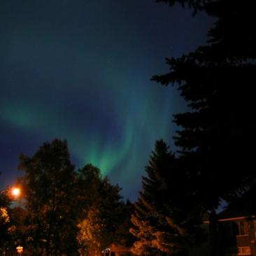 the-northern-lights-1192709-639x456